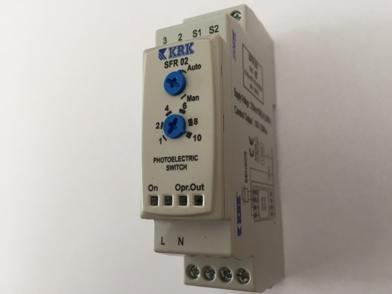 SFR 02 Wyłącznik zmierzchowy z sondą LDR i nastawą manualną, 230 AC - KARACA
