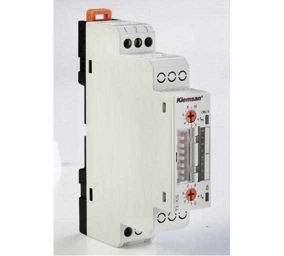T1-XS Przekaźnik czasowy 1P 5A, 1s>=2559s, Jednofunkcyjny (XS), 24-300V AC/DC, Opóźnione załączenie,